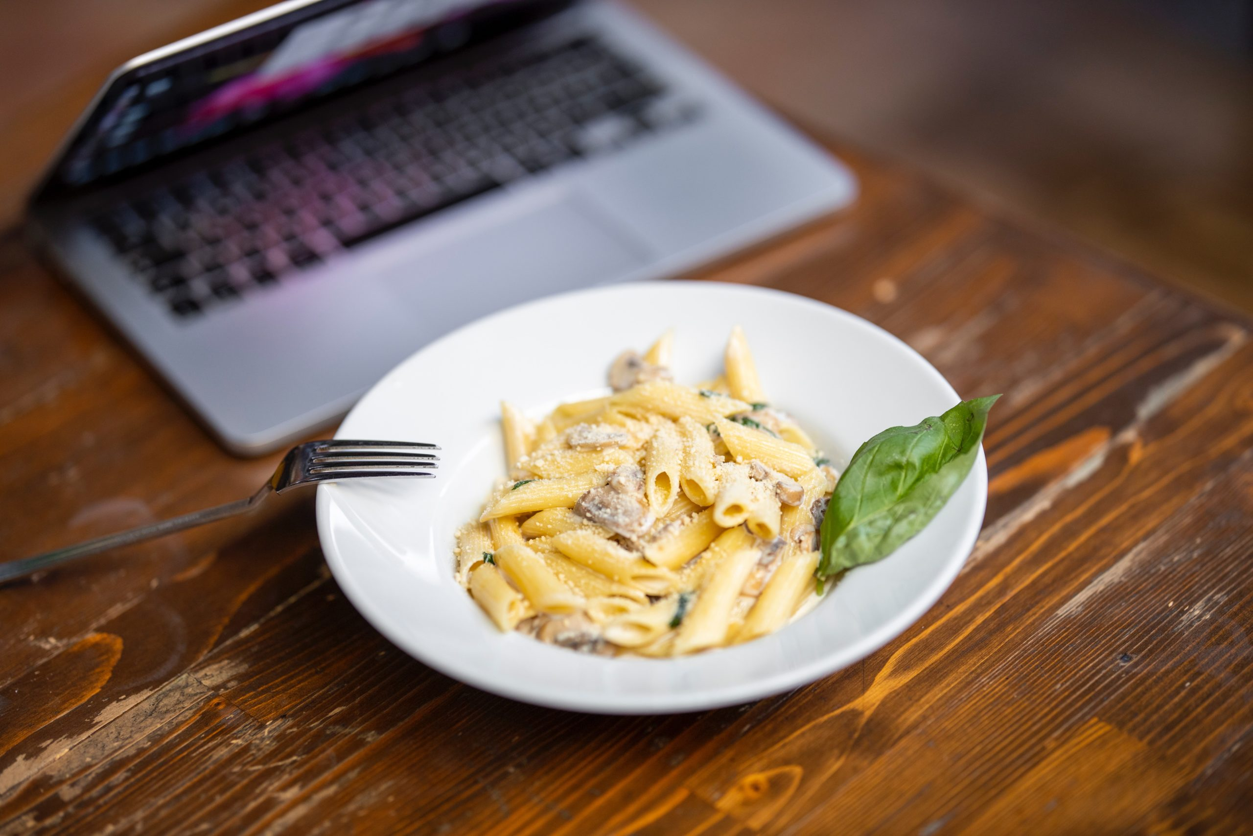 3 Considerations for Employee Food Perk Planning