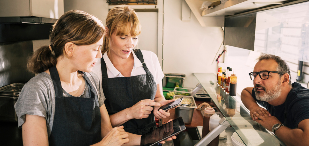 three restaurant owners working together to overcome common challenges